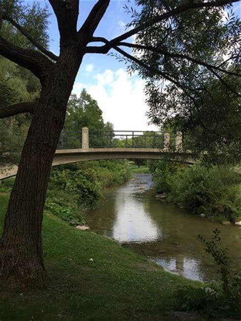 Oshawa Botanical Gardens Oshawa Valley Botanical Gardens 奥沙瓦 旅游景点点评 Tripadvisor