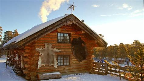 log cabin building small log building small log cabin build cabins to build