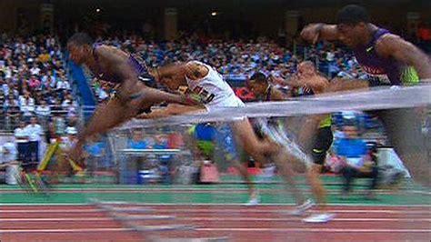 hurdles play sport athletics david oliver goes to 110m