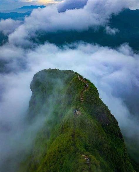 gunung batu jonggol keindahan  mungil  ujung kota