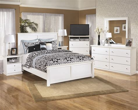 bostwick shoals bedroom set bostwick shoals 5 piece bedroom set price busters