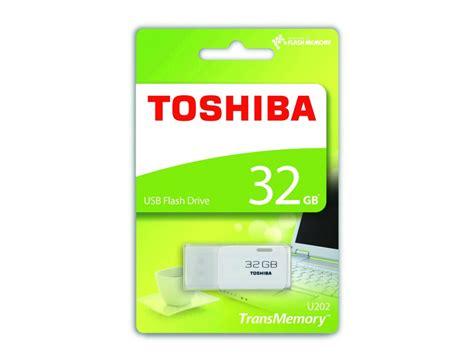 toshiba gb transmemory usb flash drive  white thn