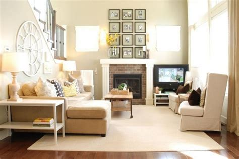 Country Chic Living Room Furniture Country Chic Living Room Design With Light Brown Furniture And Carpet Decolover Net