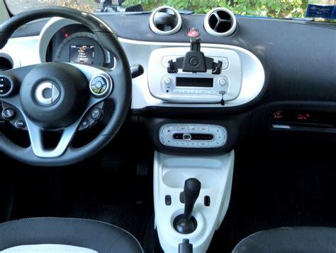smart roadster interni smart fortwo 70 1 0 twinamic la prova su strada