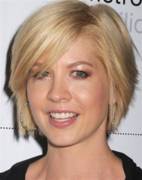 short layered very choppy hairstyles very short layered haircuts for women