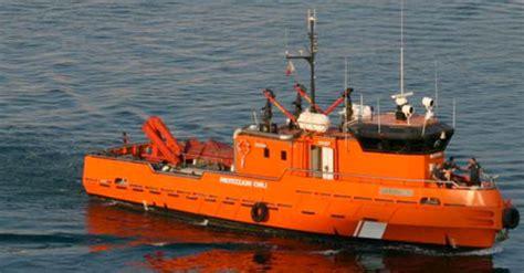 fireboat photos top 10 fire boat photos gcaptain - Italian Fire Boat
