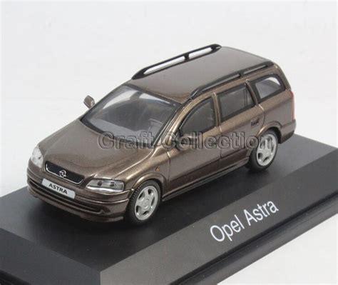 Opel Astra Wagen 1 43 Suki Alloy Model Diecast Cars
