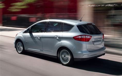 Ford C Max 2013 Review The All New 2013 Ford C Max Hybrid Does A Lot With