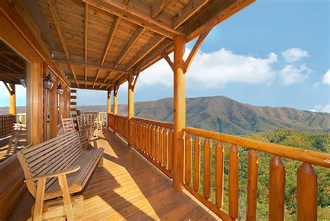 Dreaming Above The Clouds Cabin by Wears Valley Cabin Dreaming Above The Clouds 8 Bedroom