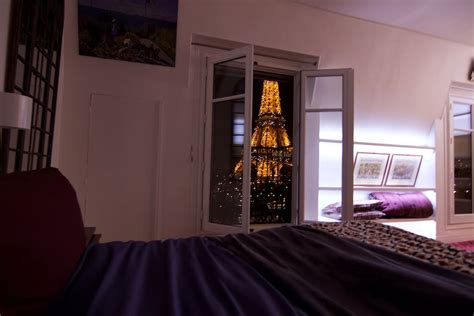 romantic airbnb bonjour eiffel 5 romantic airbnb in paris with eiffel