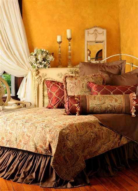 tuscan bedroom  warm cozy   bedding gift