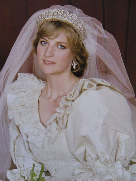 lady diana spencer 350 best lady diana s wedding images on pinterest royal