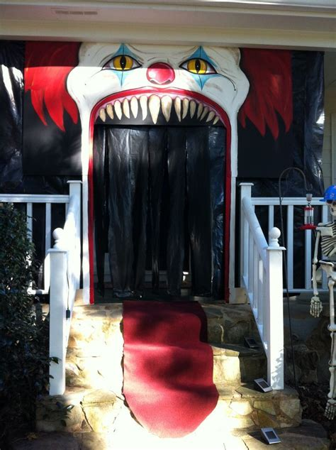 Clown Decorations by The 25 Best Creepy Carnival Ideas On