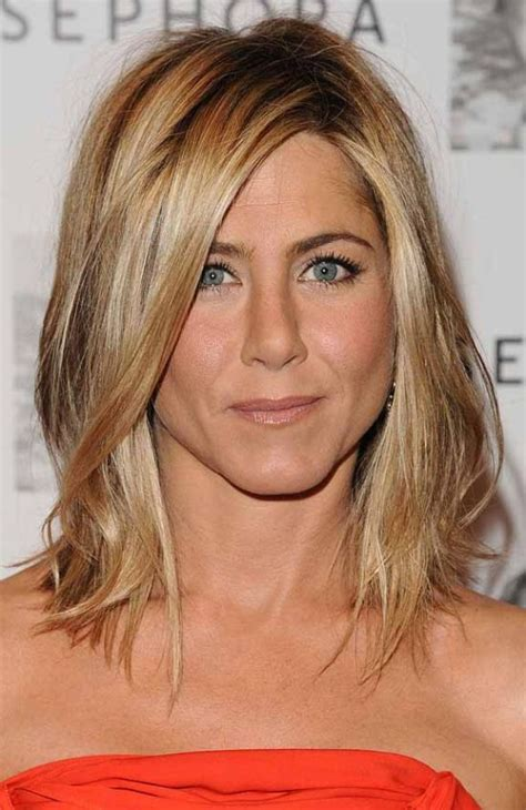 medium haircuts aniston 248 best images about hair on medium length hairs updo and aniston