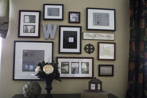 ideas for displaying photos on wall picture frames on wall display ideas