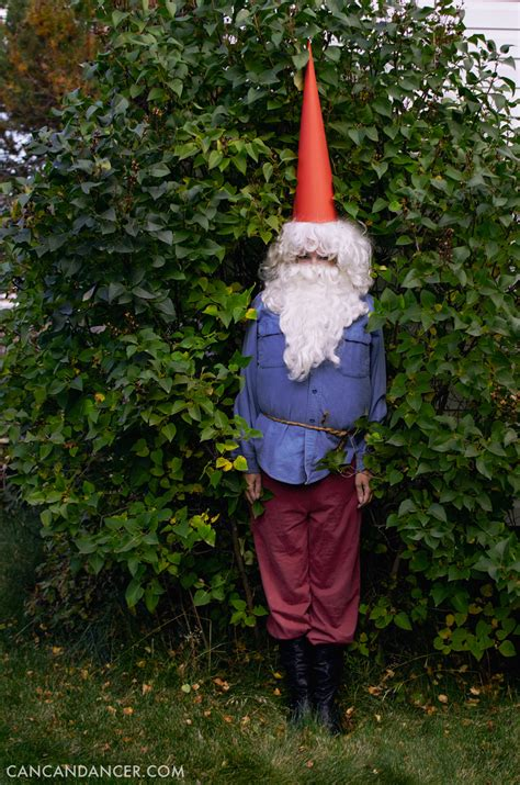 diy halloween costume  gnome   dancer
