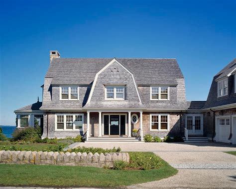gambrel style home style home with gambrel roof shinglehome architecture