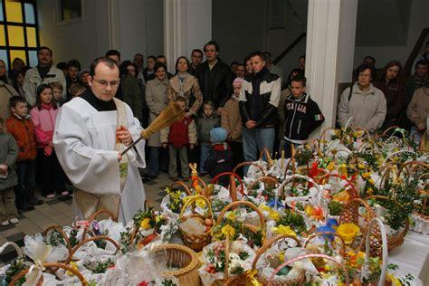 cuisine priest festival easter