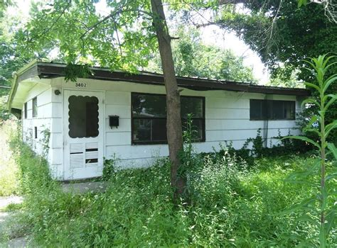 cheap house for sale 23 000 murphysboro 2br 1ba cheap fixer upper needs work cheap houses for sale mind