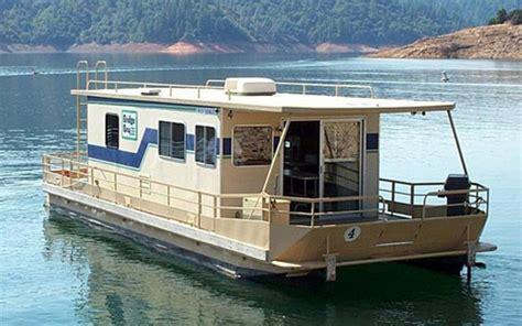 boat motor repair escanaba mi houseboat repairs in lake st clair mi