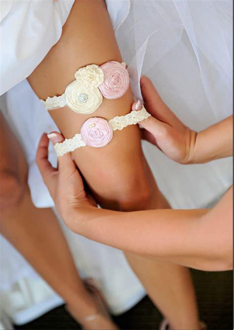 78 best Kousbande / Garters images on Pinterest   Bridal
