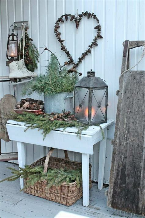 christmas at the balcony decoration on the balcony in winter shape 16 beautiful ideas