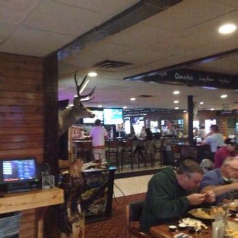 Racks Burnsville by Racks Sports Bar 19 Photos 25 Reviews American New 2400 Cliff Rd E Burnsville Mn