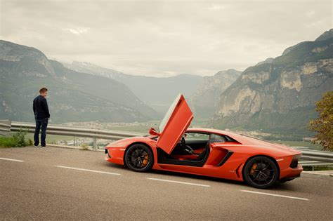 Lamborghini On Autobahn Traum Erf 252 Llt Mit Dem Lamborghini Aventador Lp 700 4 Auf