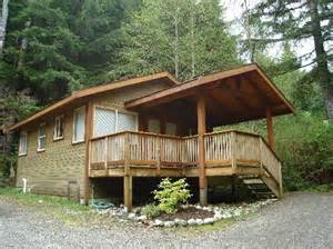 forest cabins evergreen forest cabins ucluelet