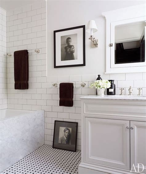 Black And White Tile Floor Bathroom by Clean Crisp White Black Bathroom Design With