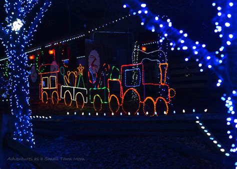 Local Travel Columbus Zoo And Aquarium Holidays And Columbus Zoo Lights 2014