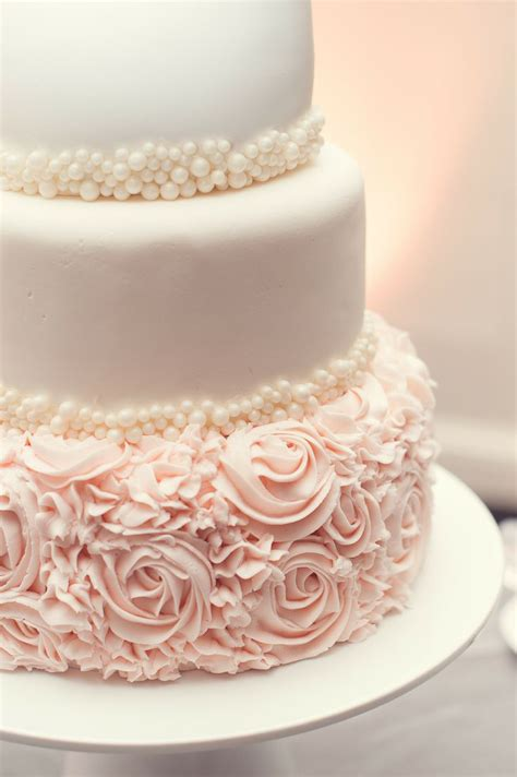 Wedding Cakes Roses by Decorated Cake Ideas And Designs