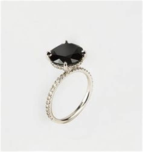 carrie bradshaw wedding ring satc on vivienne westwood carrie bradshaw and