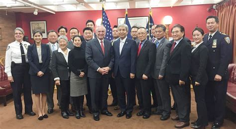 nypd chief strengthens ties to korean american community