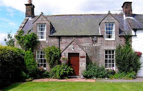 self catering cottages in scotland pet friendly self catering scotland luxury