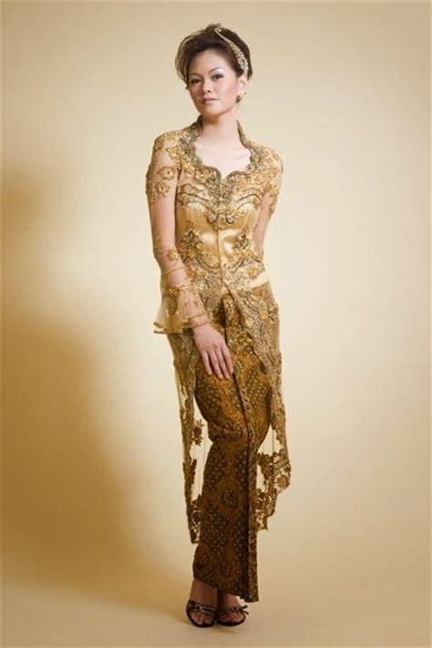 Ca Set Kebaya Niima 17 best images about kebaya fashion kebaya modern bridal gown kebaya on embroidery