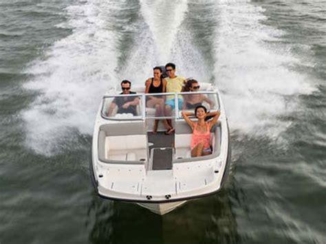 bayliner deck boat reviews 2014 bayliner 190 deck boat review top speed