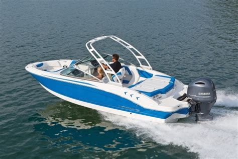 chaparral boats h2o reviews chaparral 21 h2o sport ob 2017 2017 reviews performance