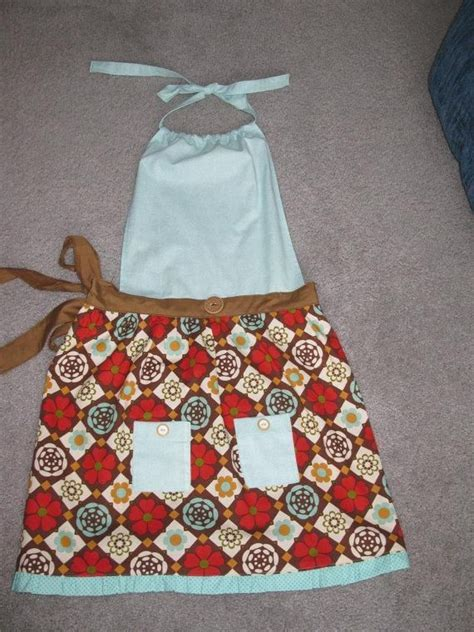 heart pattern apron 1000 images about fashion patterns aprons on pinterest