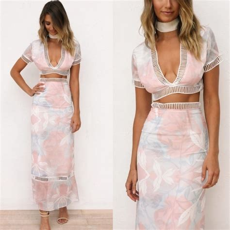 Va Set Levi Maxi Pink 47 asos dresses skirts pink ivory two floral maxi dress from the o boutique