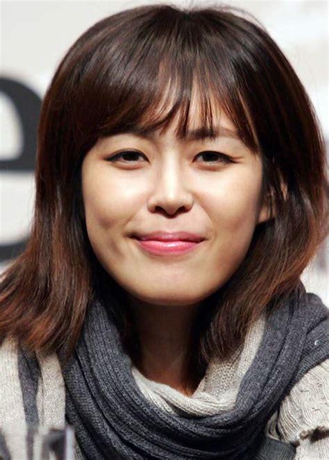 medium haircuts korean photos medium korean hairstyles black hairstle picture