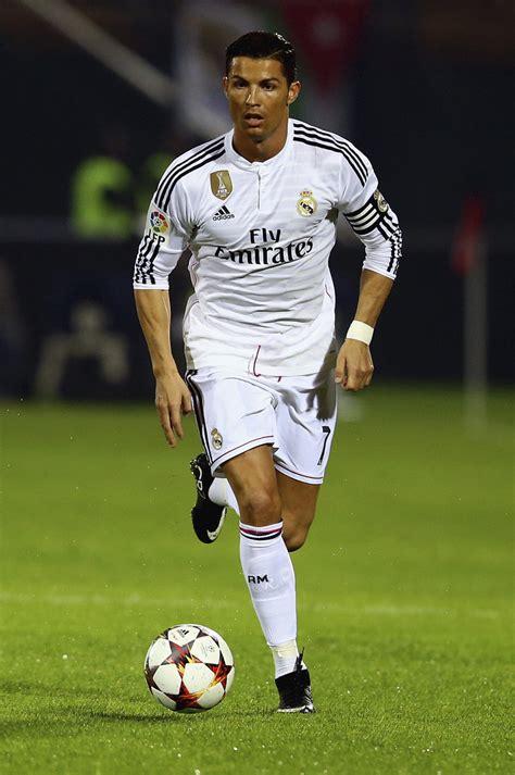Kaos Christiano Ronaldo Cr7 Selebrasi ac milan v real madrid zimbio