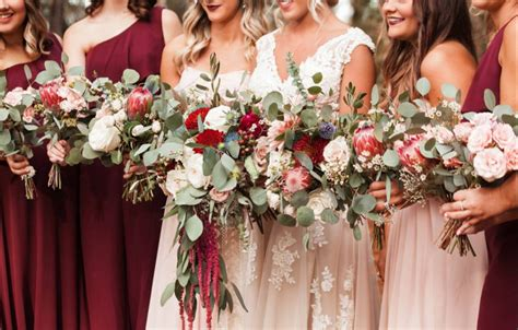 27 wedding theme ideas to for a bold color palette weddingwire