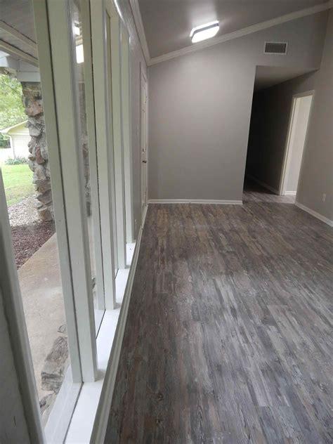 color floors   grey walls sofa cope