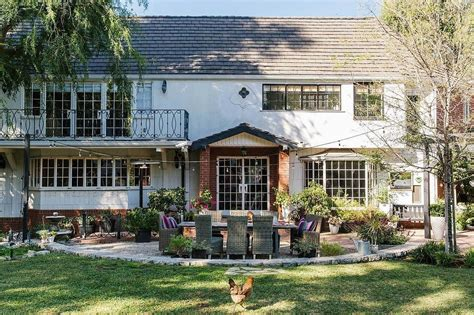 Tiffani Thiessen Home | tiffani thiessen s la home is perfect for entertaining
