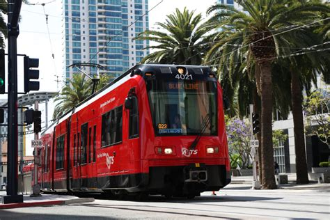 Did A Trolley Tour Of San Diego 2 by Comic Con Uses Its Powers To Help Fill San Diego