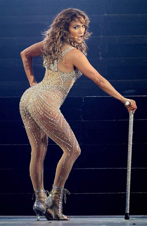 No Details On Jlo by Carey S Fills Jlo S Seat On American Idol