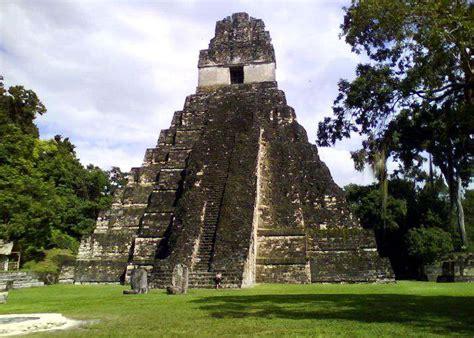 imagenes de mayas en guatemala image gallery monumentos de guatemala maya