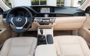 Lexus Es Interior 2013 Lexus Es 350 And Es 300h Test Motor Trend