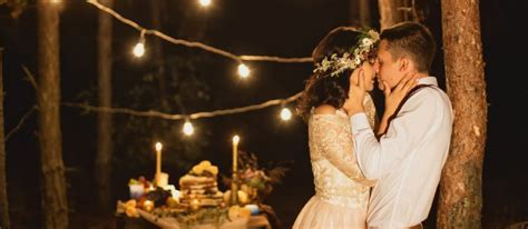 How to Have the Best Wedding Night Ever   9 Fun Tips